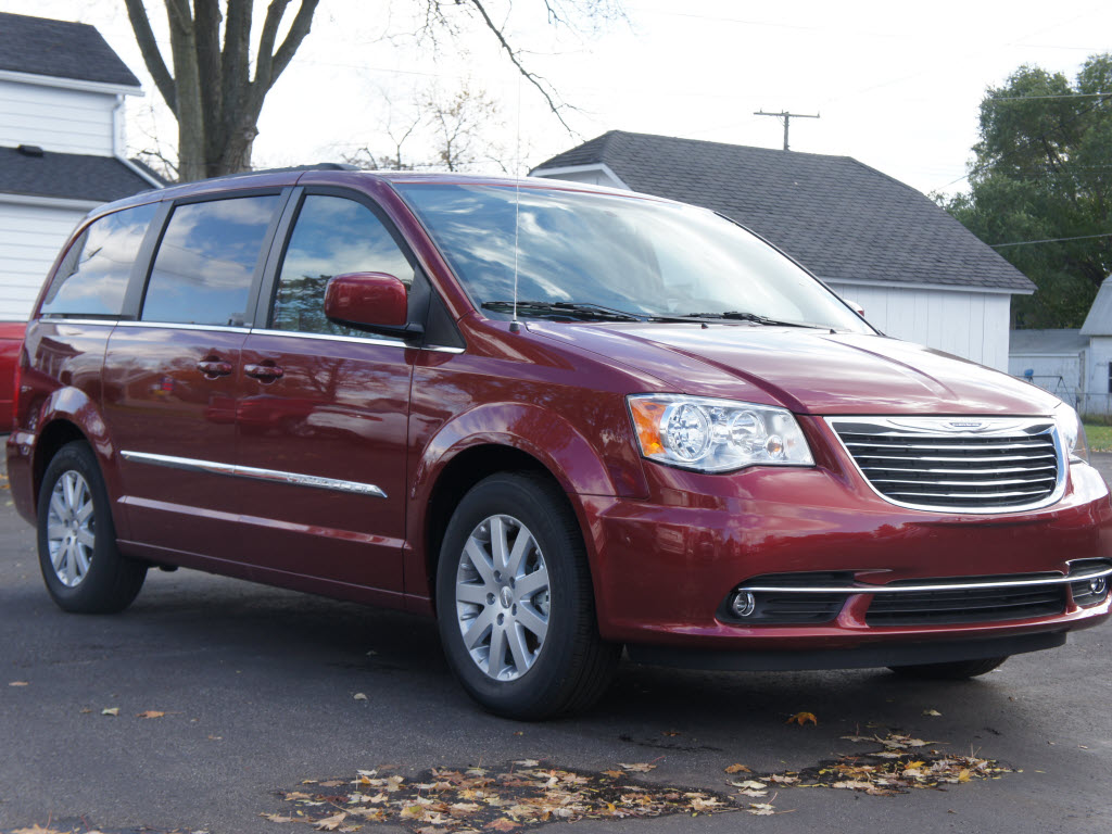 2014 chrysler town and. Cars Review. Best American Auto & Cars Review